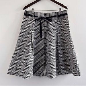 H&M black white button down gingham A-line skirt
